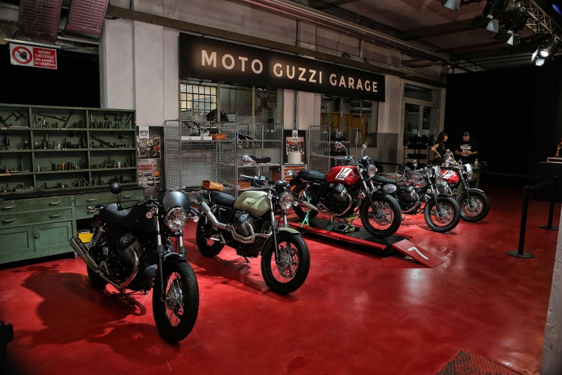 2016-Moto-Guzzi-Naked2